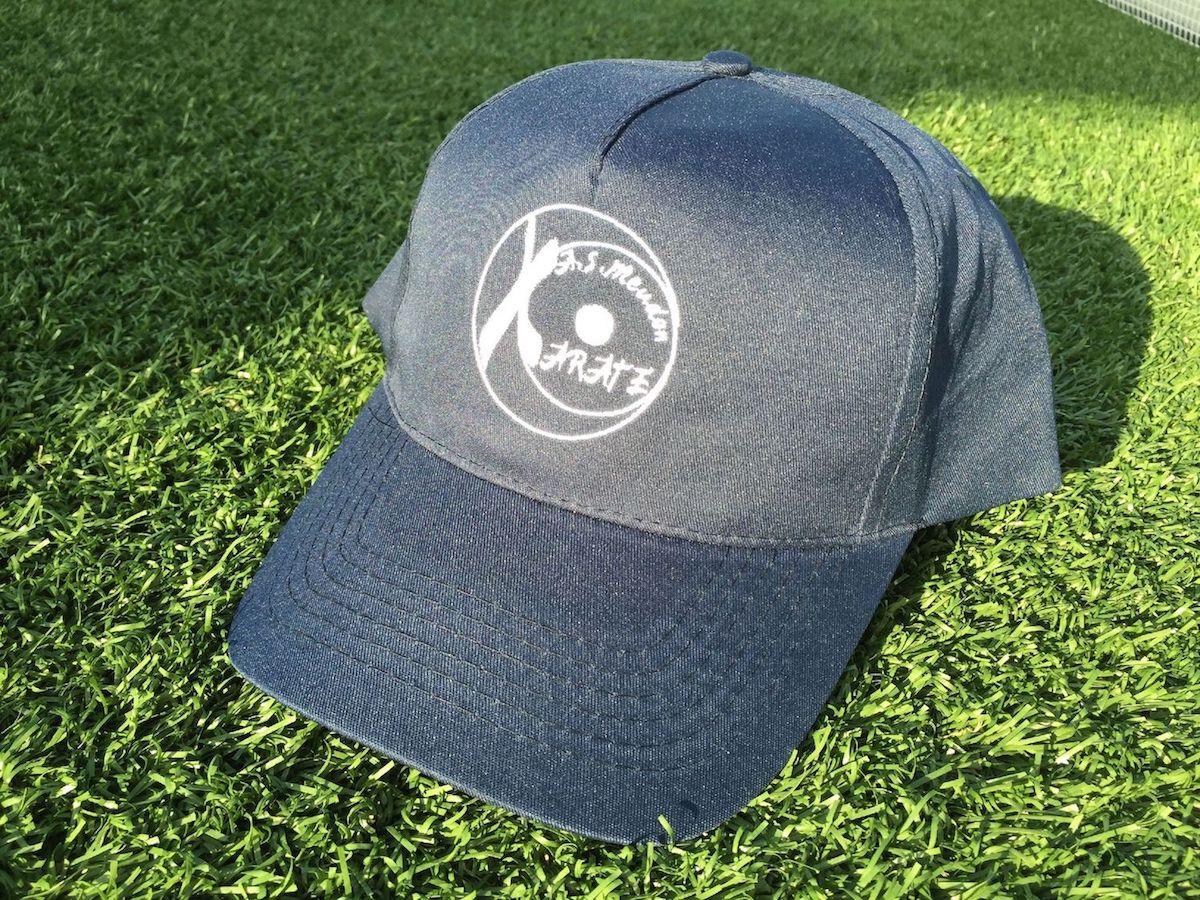 Casquette au logo de l'AS Meudon Karaté